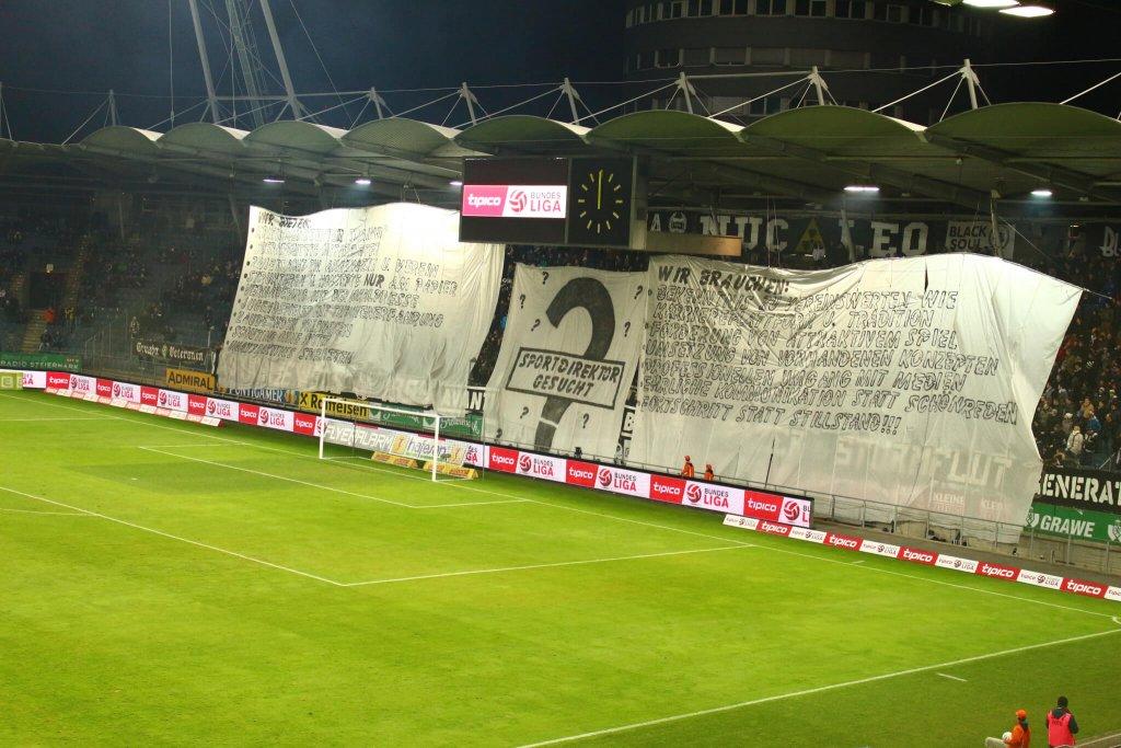 (c) SturmNetz.at - Die Fanklubs der Nordkurve fordern einen Sportdirektor